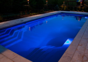 inground-swimming-pool-fiberglass