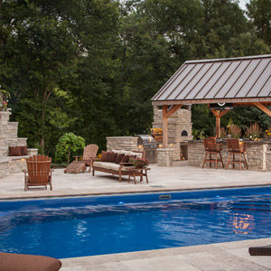 fiberglass-swimming-pool-with-pavilion-in-rockford-il