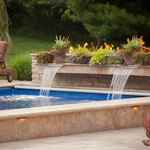 fiberglass-swimming-pool-with-waterfall-features