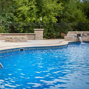 vinyl-liner-pool-builder-and-contractor