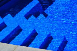 swimming pool contractor lake geneva