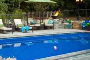 swimming pool builder rockton
