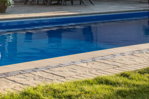 swimming pool installer machesney park il
