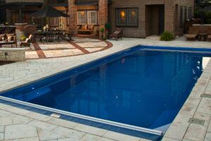 swimming pool installer rockford il