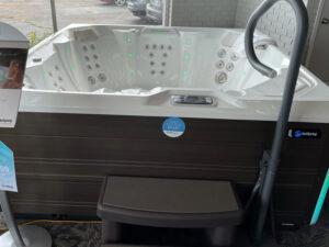 hot tubs near me Rockford IL